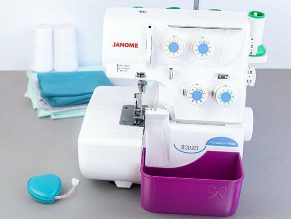 stoffreste auffangen auffangbehaelter overlock janome 8002D lila purpur