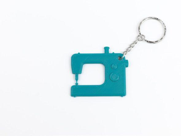 schlüsselanhänger nähmaschine schnittenliebeteal